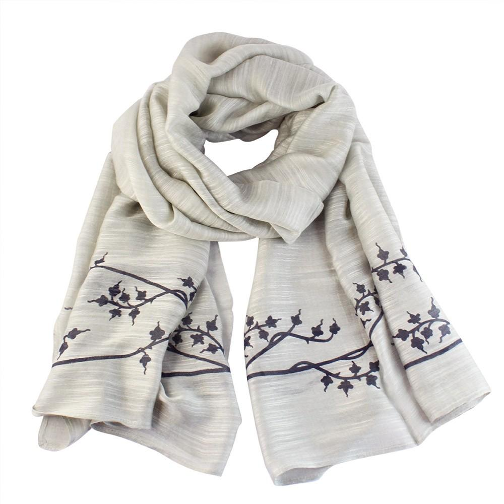 Medieval branch scarf